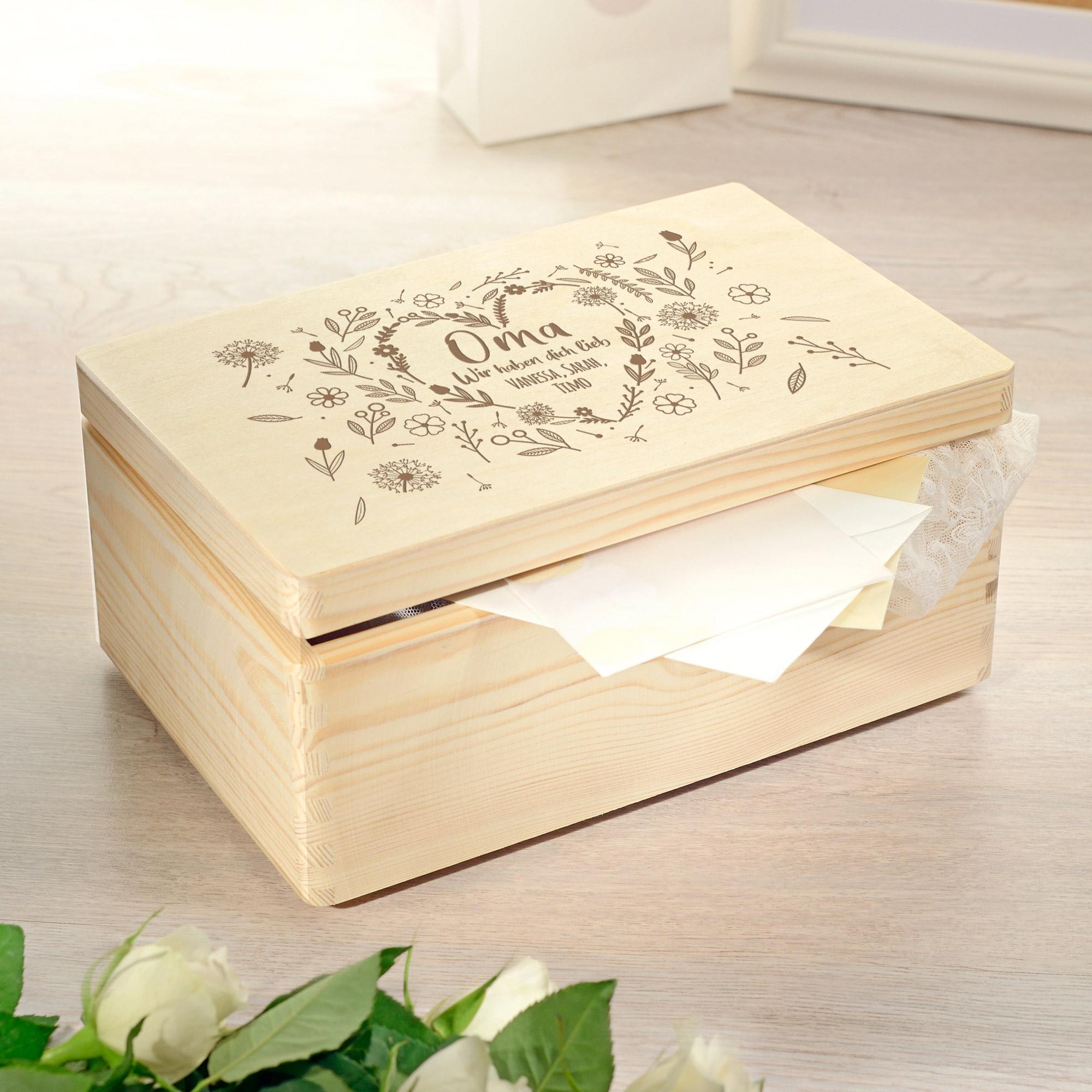 Personalisierte Erinnerungsbox - Blumenherz für Oma