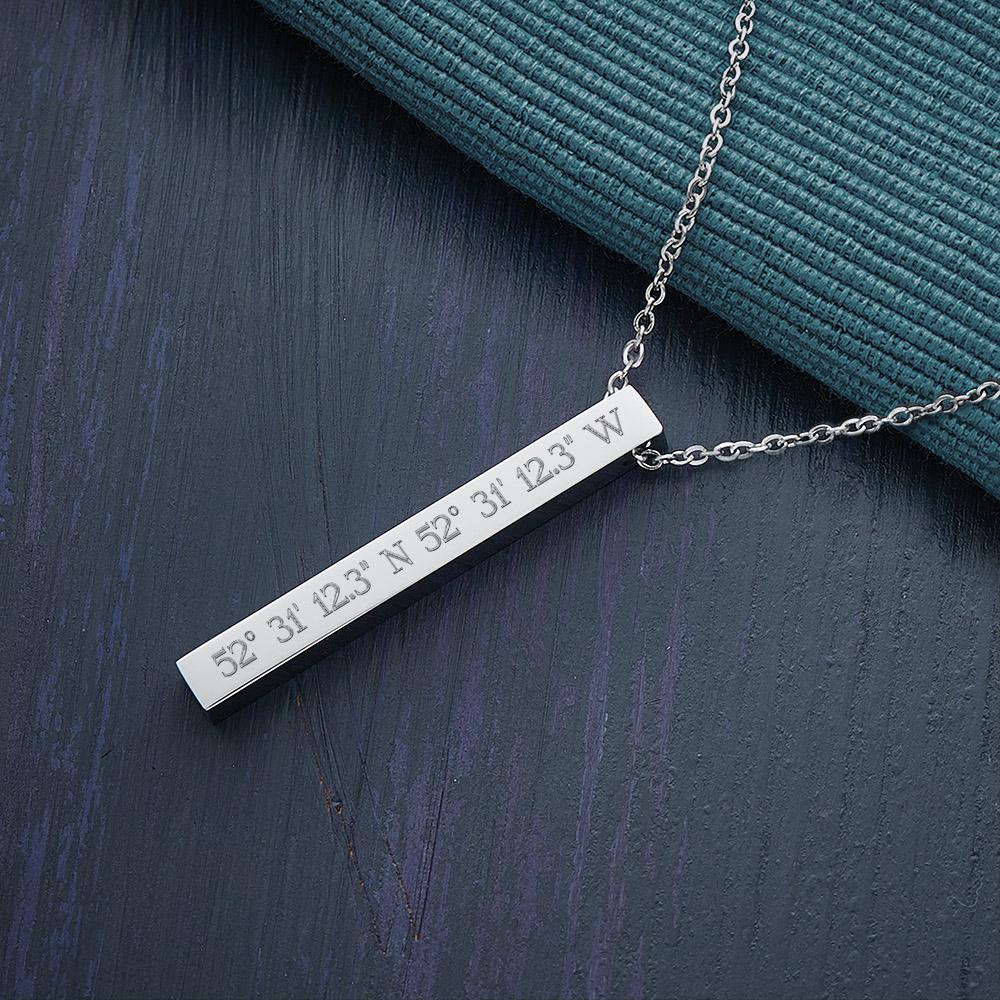 Kette mit Stabanhänger - Gravur Geokoordinaten mit Initial - Silber - Personalisiert
