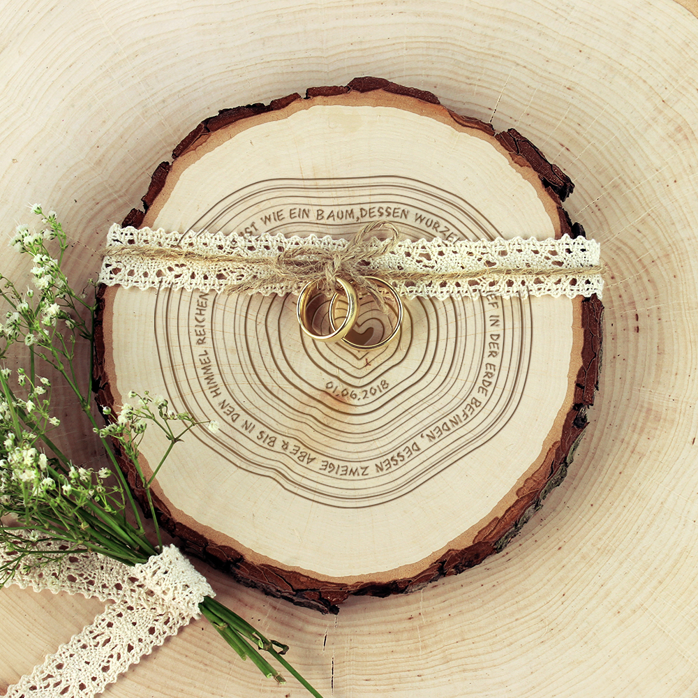 Baumscheibe mit Gravur Jahresringe - Personalisiert