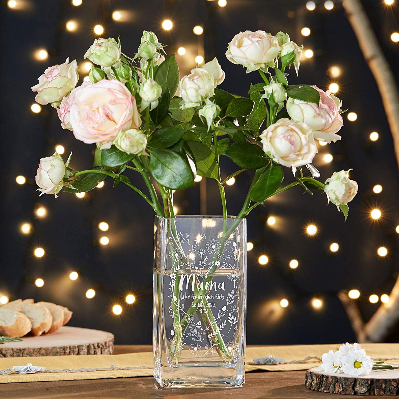 Personalisierte Vase aus Glas mit Gravur für Mama - Blumenherz