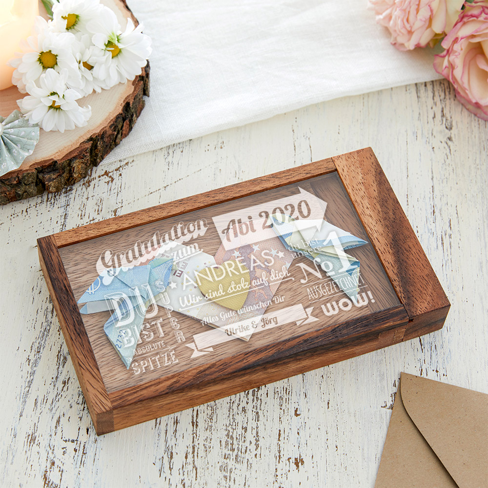 Magische Geldgeschenkbox mit Gravur zum Abitur - Typographie
