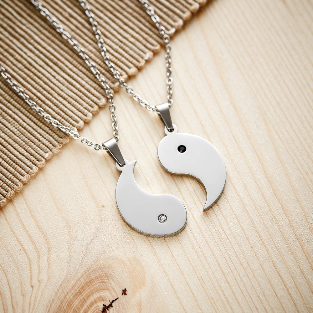Personalisierte Partner Halskette mit Gravur - Yin und Yang