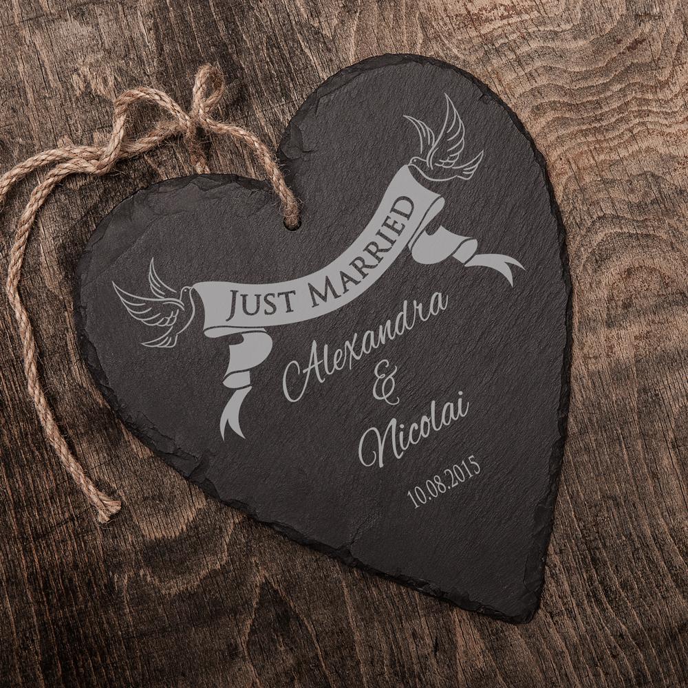 Schieferherz zur Hochzeit mit Gravur Banner - Just Married - Personalisiert