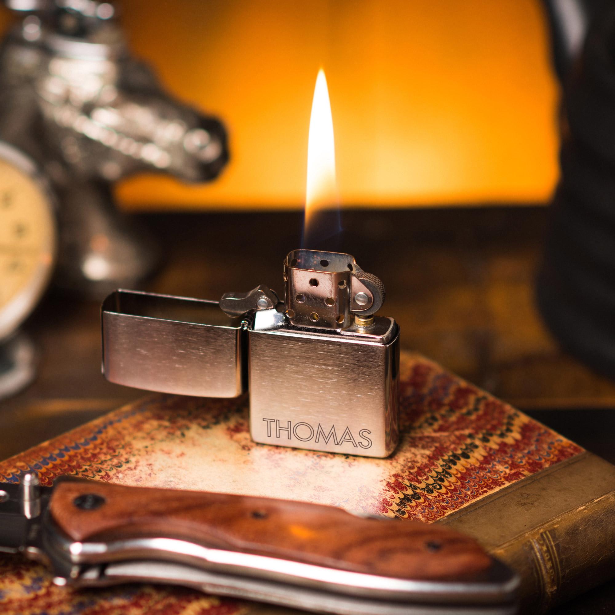 Personalisiertes Zippo Feuerzeug mit Namensgravur