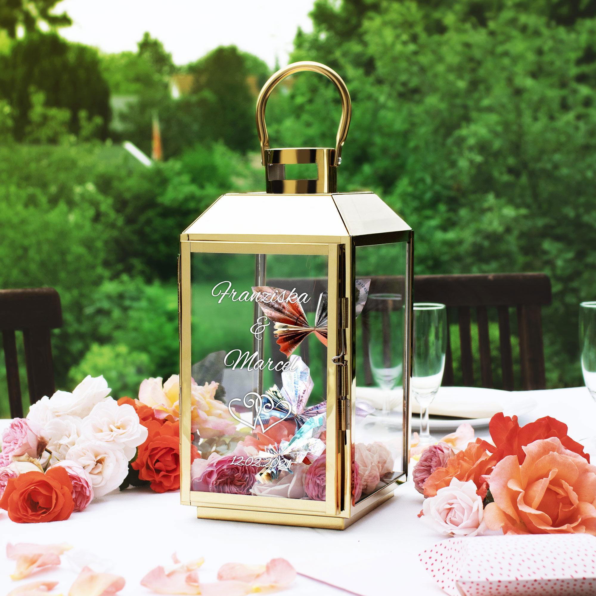 Laterne aus goldenem Edelstahl zur Hochzeit - Personalisiert